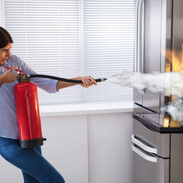 Medidas básicas autoprotección incendio (bigstock)
