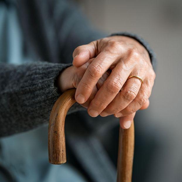 """Ponen en marcha un proyecto de cuidado """"en remoto"""" para personas mayores que viven solas. Foto: Bigstock"""