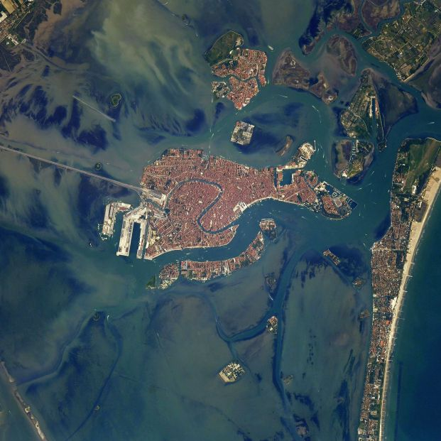 Un astronauta retrata desde las alturas ciudades y paisajes como nunca antes los habías visto