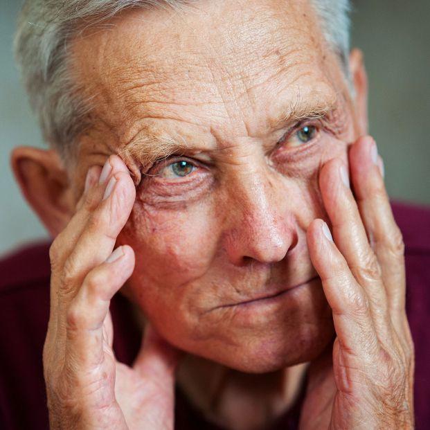 Más del 56% de los mayores de 55 años experimentó sentimiento de soledad durante el confinamiento. Foto: Bigstock