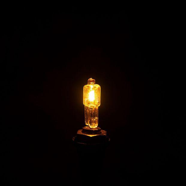 La luz da un respiro: cae este sábado hasta los 110 euros/MWh