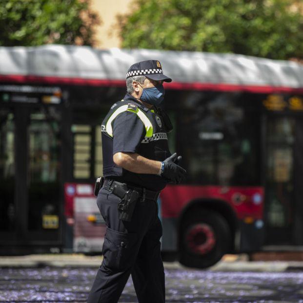 Un policía jubilado salva la vida a un niño de dos años en parada cardiorrespiratoria. foto: Europa Press