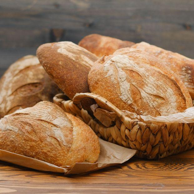 Un niño de 12 años con fobia a la comida se alimenta solo de pan y yogures