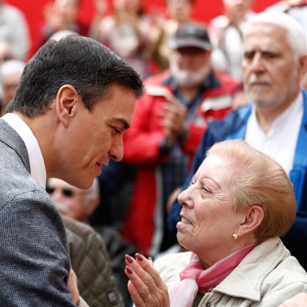 El voto mayor sigue apostando mayoritariamente por el PSOE y el PP
