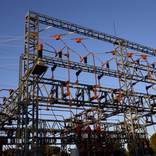 """Facua reclama a la CNMC que aclare qué eléctricas """"han inflado ilegalmente"""" el precio de la energía"""