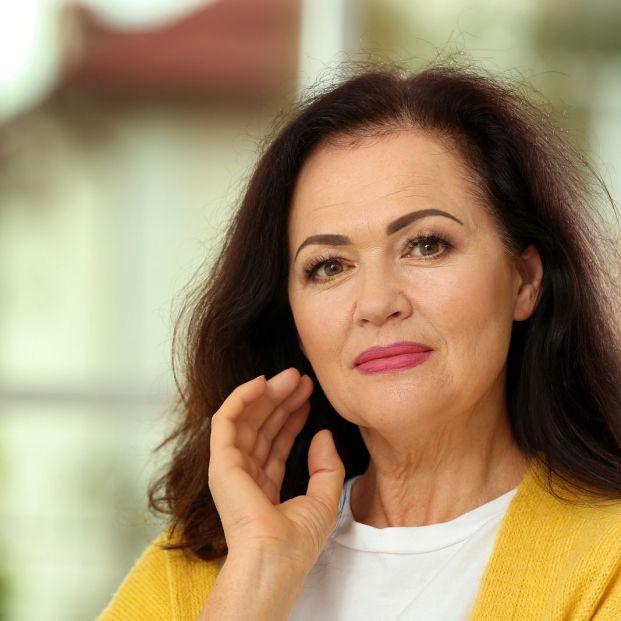 Errores de maquillaje que envejecen (bigstock)