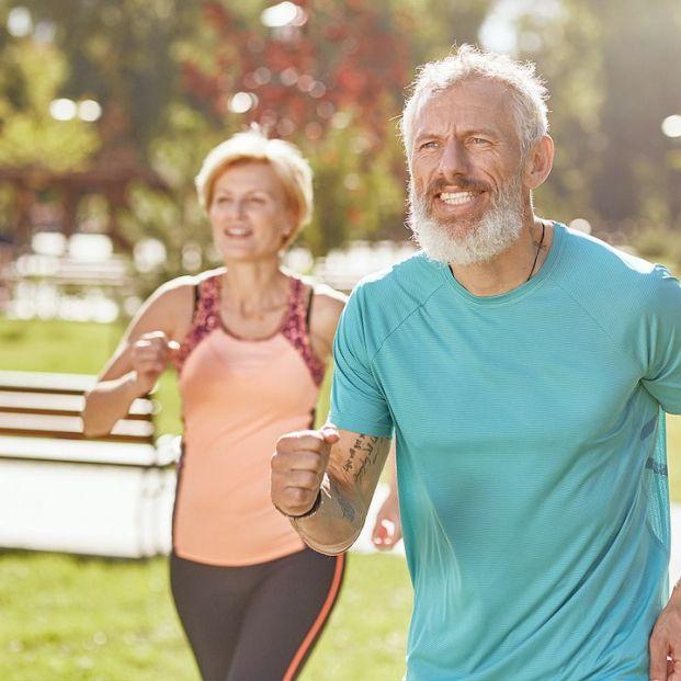 Cómo mover los brazos cuando sales a correr o caminar