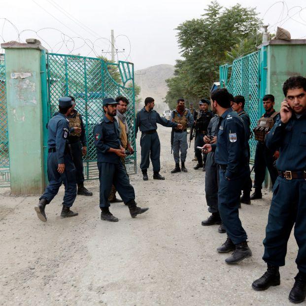 EuropaPress 1299745 policias afganos cerca lugar explosiones kabul