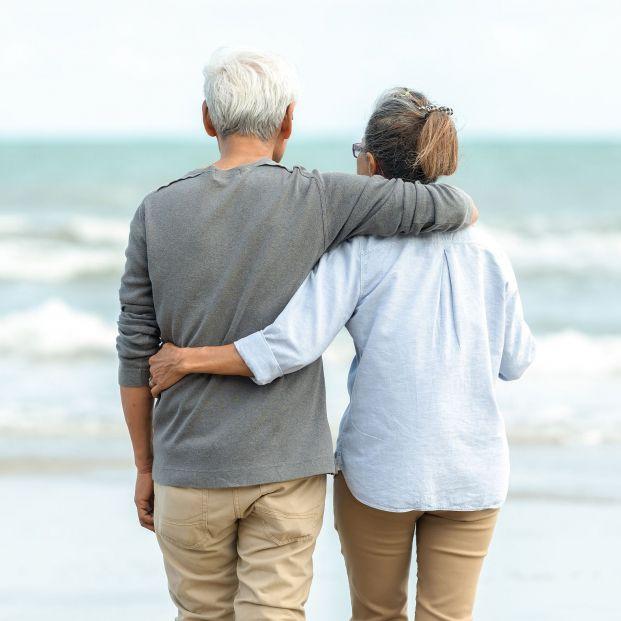 Las relaciones sexuales son fuente de beneficios para la salud física y mental de los mayores. Foto: Bigstock