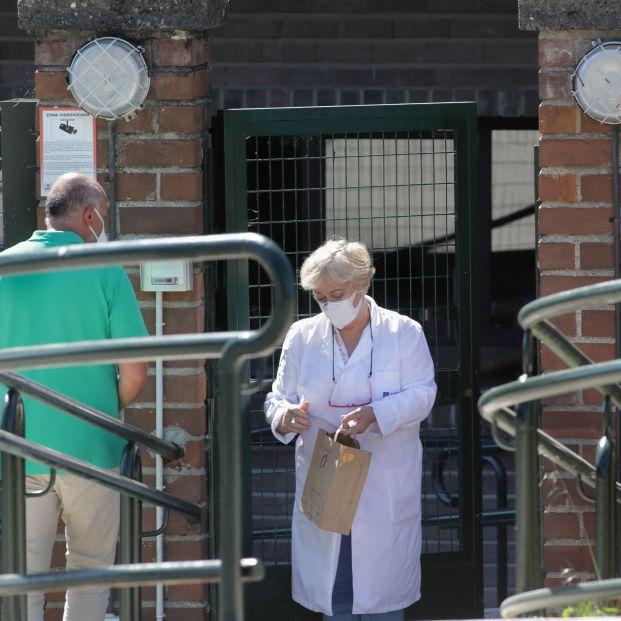 """Las residencias de mayores exigen la tercera dosis """"sin demora"""""""