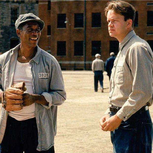 Mejores películas carcelarias: Freeman y Robbins en Cadena Perpetua (1994) (Castle Rock Entertainment)