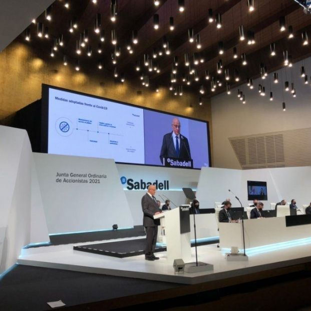 EuropaPress 3622062 presidente banco sabadell josep oliu junta general accionistas celebrada