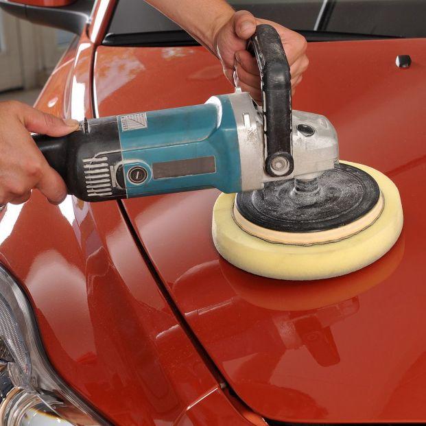 Acaba con los rayones de tu coche de forma fácil y económica Foto: bigstock