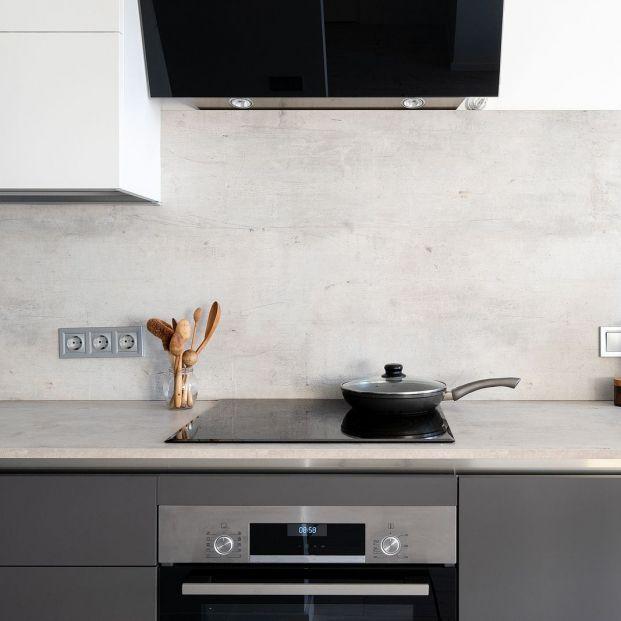 Da una nueva vida a tu cocina renovando sus paredes Foto: bigstock