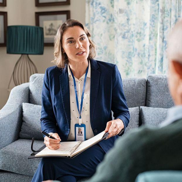 Tutor o asistente para discapacitados ¿cuál es la diferencia y cómo podemos solicitar esta ayuda a la gestión personal? (Foto Bigstock)