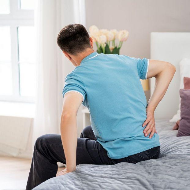 Fortalece la zona lumbar y alivia el dolor con estos ejercicios Foto: bigstock