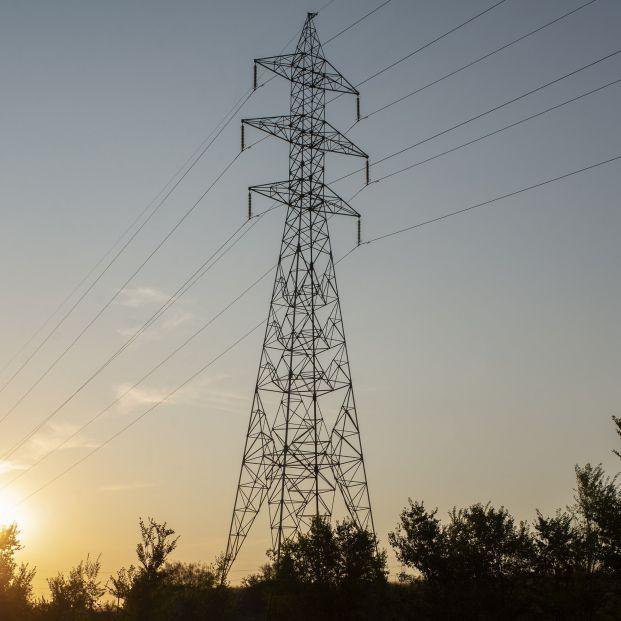 EuropaPress 3848959 torres tension dia precio luz alcanza maximo historico 20 julio 2021