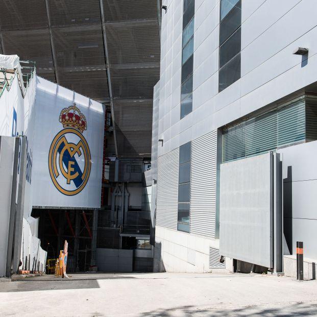 El Real Madrid rectifica y da una solución a los socios más mayores que no disponen de smartphone