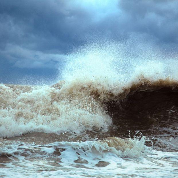 bigstock Stormy Waves 6015411
