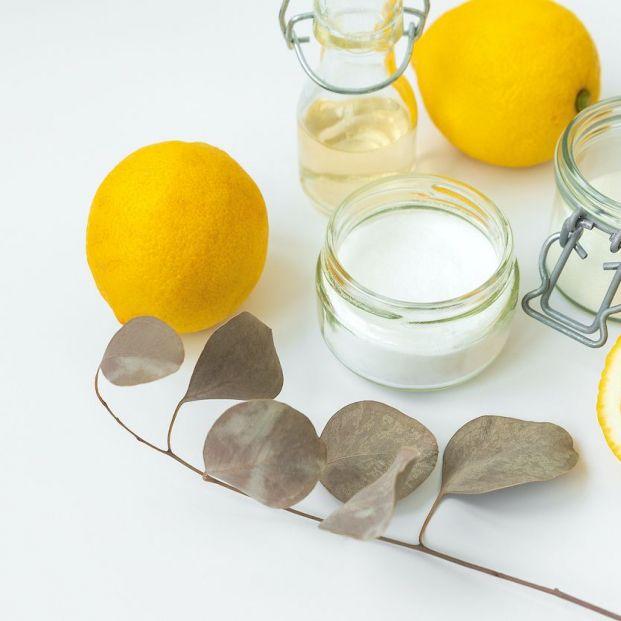 Cómo aromatizar un vinagre de limpieza
