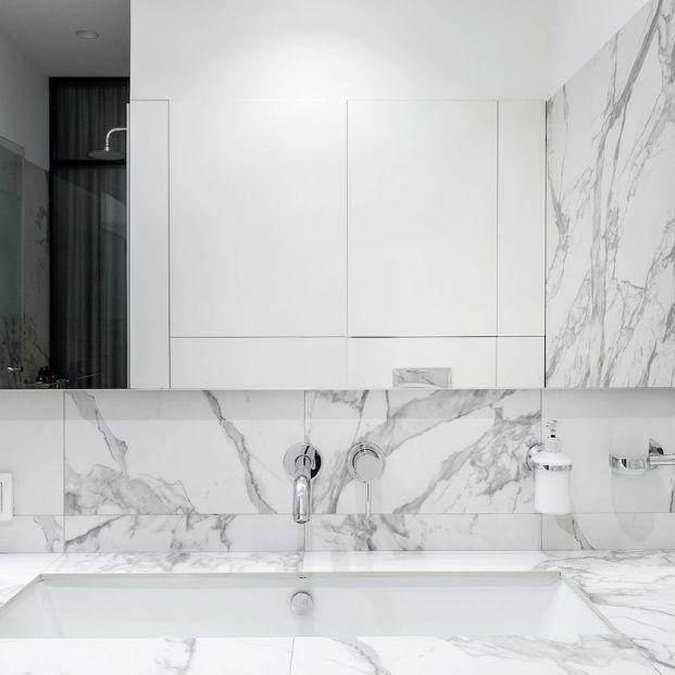 Cómo limpiar espejos para que no se empañen