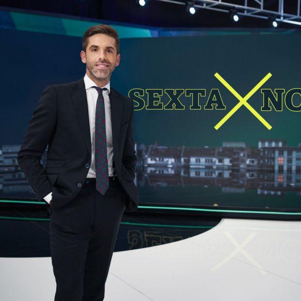 """José Yélamo se estrena en 'La Sexta Noche' recordando a su abuela: """"No ha podido ver a su nieto"""""""