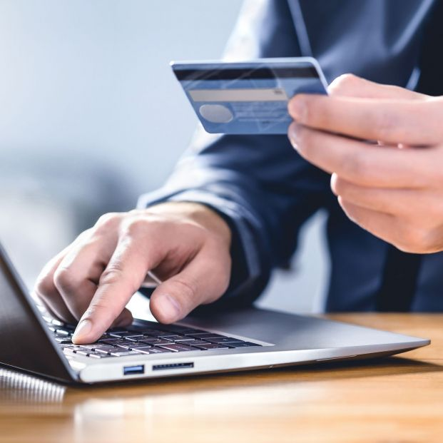 La Seguridad Social alerta de una nueva estafa: correos fraudulentos con reembolsos falsos de dinero. Foto: Bigstock