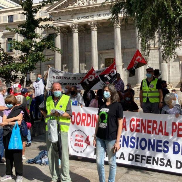 El 2 de octubre, los pensionistas tomarán Madrid contra el recorte en pensiones y servicios públicos (Foto, Otoño Caliente)