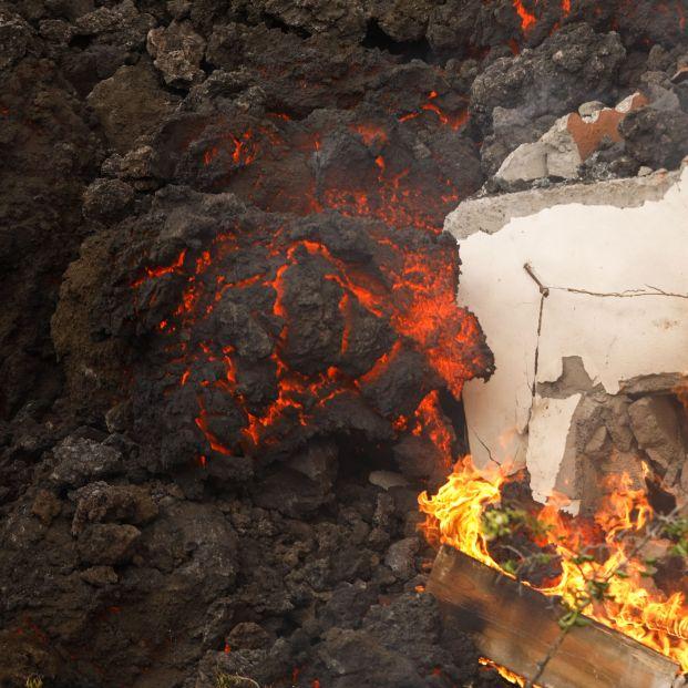 EuropaPress 3949238 lava volcan destruye casa zona llanos 20 septiembre 2021 paso palma santa (1)