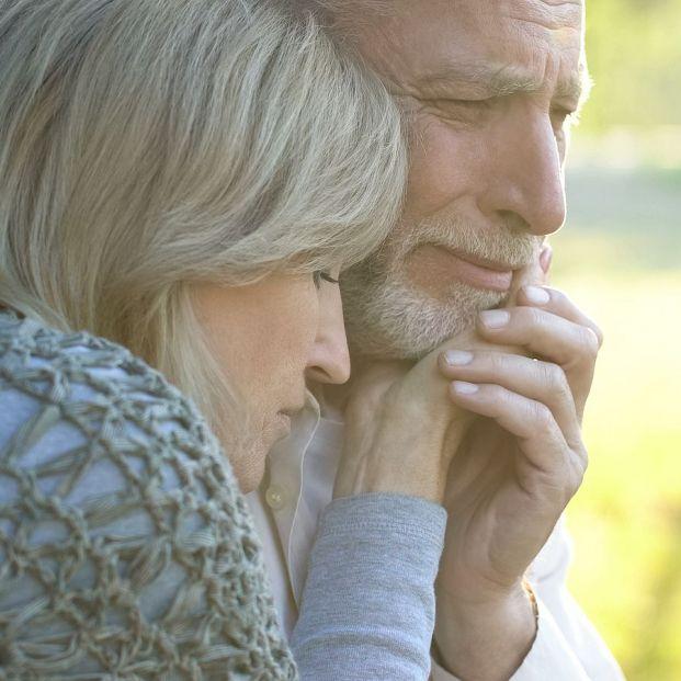 10 frases para dar el pésame por la perdida de un familiar. Foto: bigstock