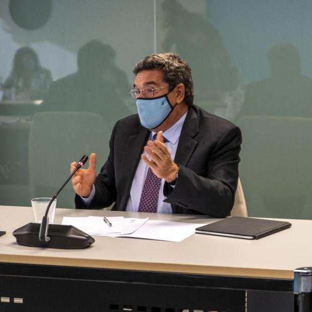 EuropaPress 3956804 ministro inclusion seguridad social migraciones jose luis escriva reunion
