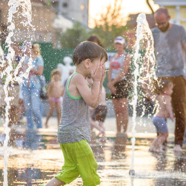 Los niños de hoy vivirán siete veces más olas de calor que sus abuelos