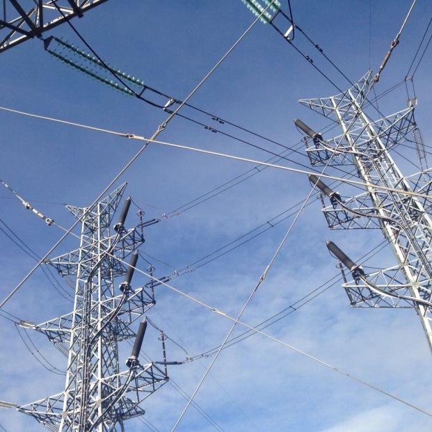 EuropaPress 1557041 precio electricidad desploma domingo 76 marcara nuevo minimo anual