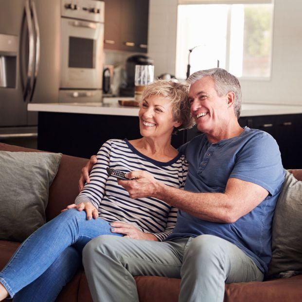 Ver la televisión para afianzar la relación de pareja