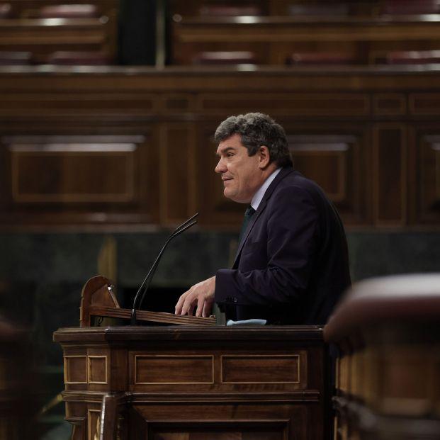 EuropaPress 3972259 ministro inclusion seguridad social migraciones jose luis escriva sesion