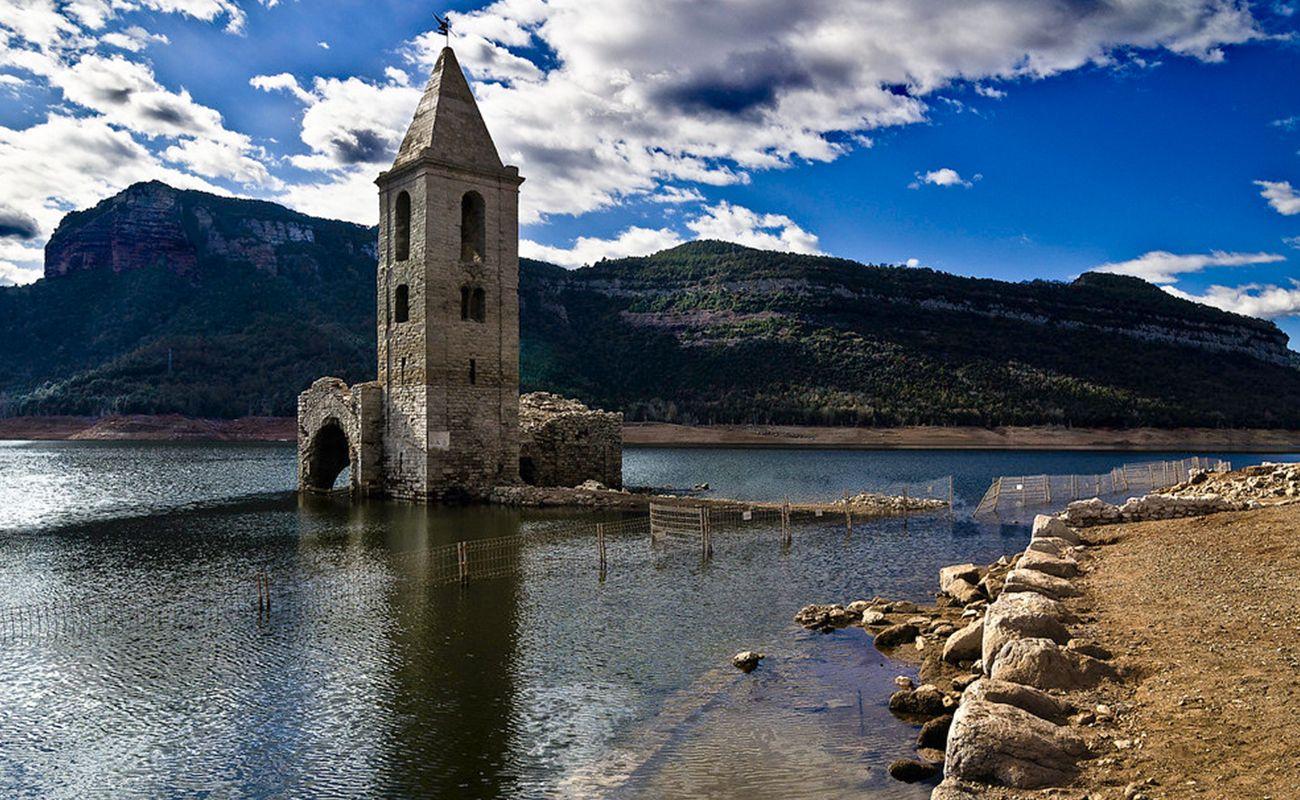 10 pueblos de España sumergidos bajo el agua