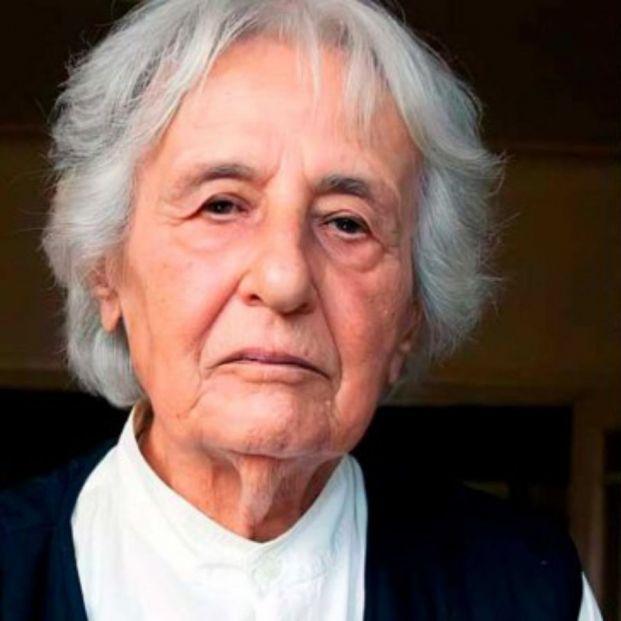 Hallan a una exsecretaria de un campo de concentración nazi de 96 años que huyó antes de su juicio