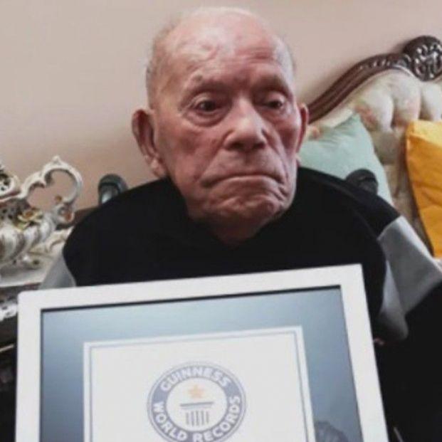 El leonés Saturnino de la Fuente entra en el Libro Guinness como el hombre más longevo del mundo