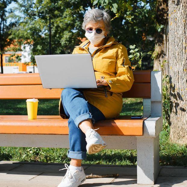 bigstock Alternative Office Outdoor Fr 431877878