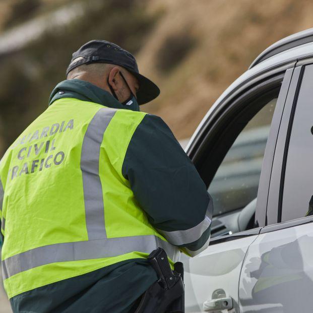 Hasta 20.000 euros: estas son las multas más elevadas que te puede poner la DGT. Foto: Europa Press