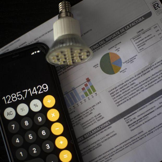 EuropaPress 3924996 factura consumo luz 10 septiembre 2021 madrid espana precio medio diario