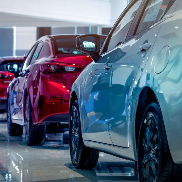 Malas noticias si piensas comprarte un coche en 2022: sube el impuesto de matriculación. Foto: Bigstock