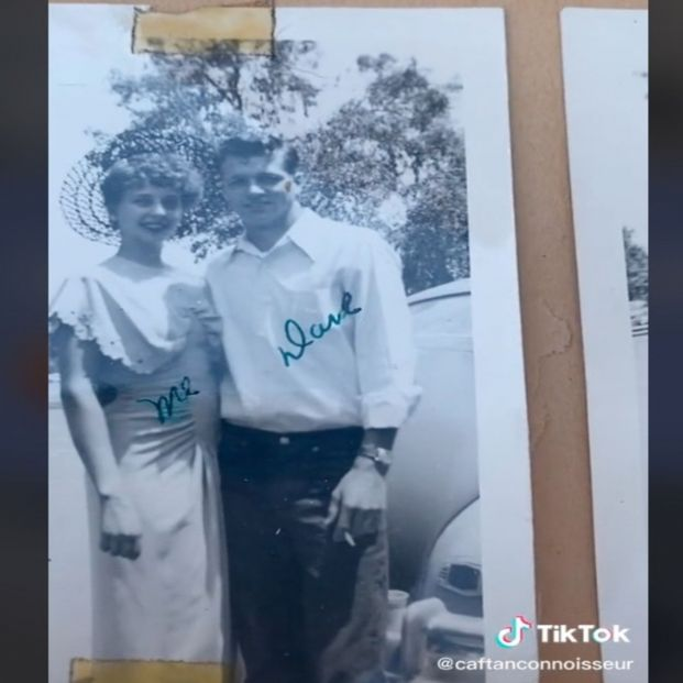 Encuentra el álbum de graduación de su abuela y descubre su vida amorosa