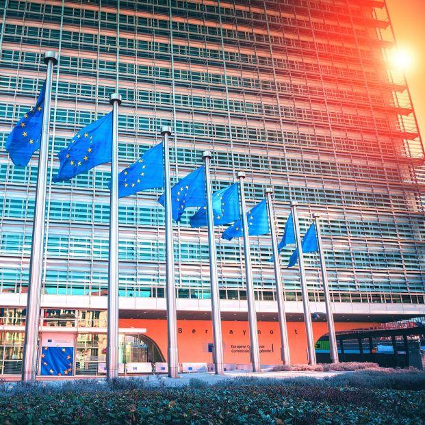 Bruselas no hará nada para frenar la actual subida de la luz