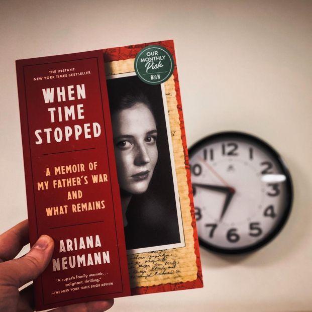 Un superviviente del Holocausto protagoniza la novela de su hija 'Cuando el tiempo se detuvo'