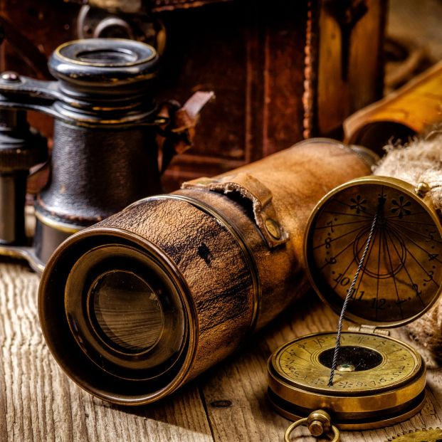 Concurso 65Ymás: gana dos entradas para el Kinépolis con tus objetos antiguos