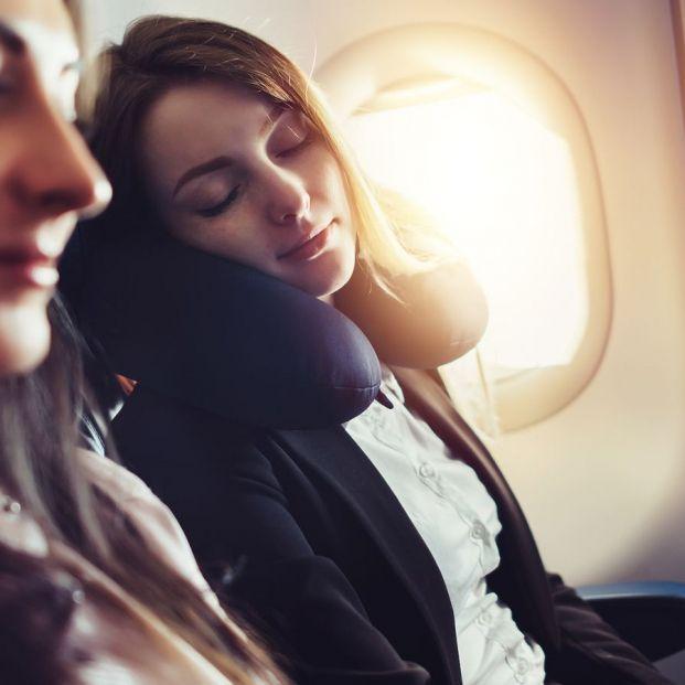 Consejos para dormir en el avión