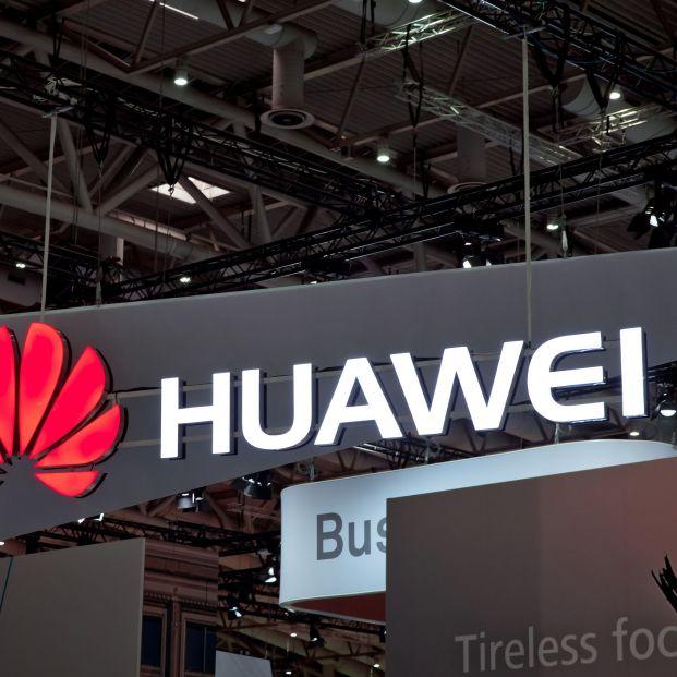 Reino Unido perderá de tres a cinco años en la carrera por el 5G tras excluir a Huawei