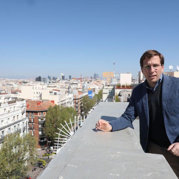 """Martínez-Almeida: """"Crearemos el SAMUR del mayor"""""""