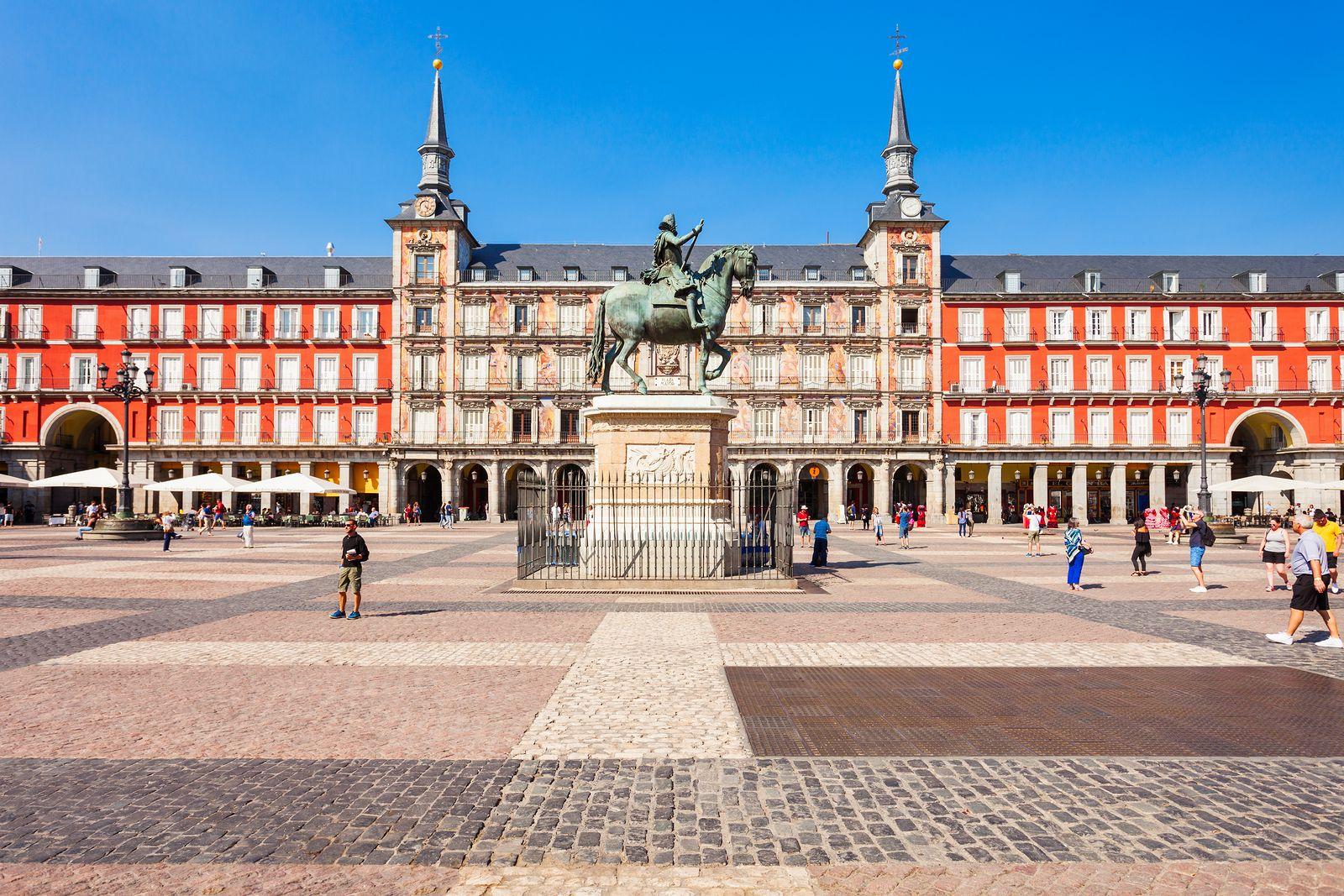 La Plaza Mayor se convierte en un campo de fútbol